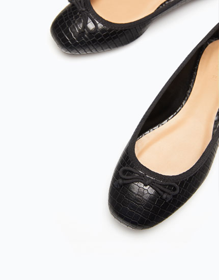 MOCK CROC EMBOSSED BALLERINAS