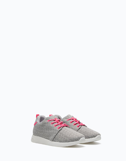 SUPER PRICE SNEAKERS