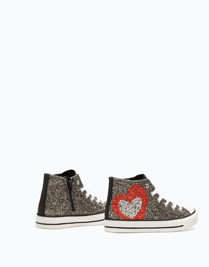 GLITTERY HIGH-TOP SNEAKERS WITH HEART
