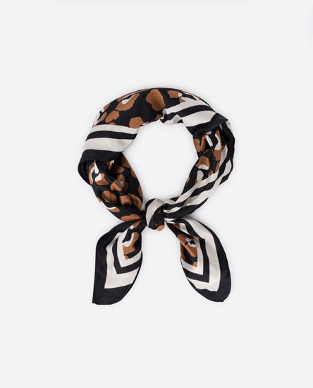 ANIMAL PRINT HANDKERCHIEF