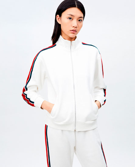 JACKET WITH SIDE TAPING
