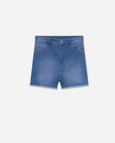BERMUDA SHORTS WITH FRAYED HEMS