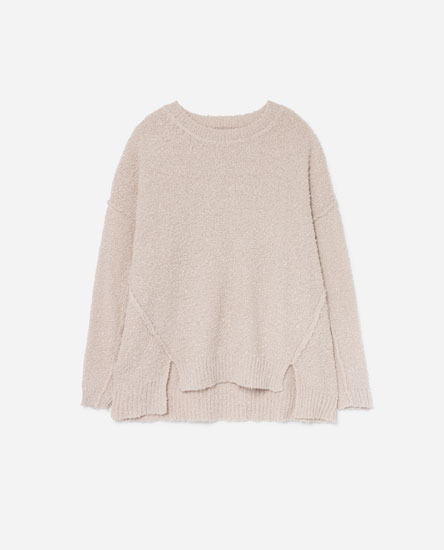 BOUCLÉ KNIT SWEATER