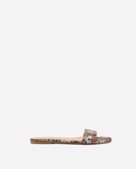 SUPER PRICE - BASIC FLORAL PRINT SANDALS