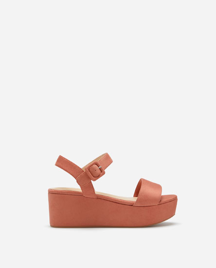 SUPER PRICE PLATFORM WEDGES