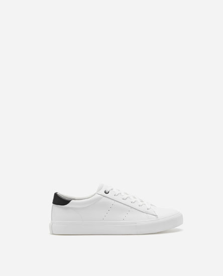 BASIC PLIMSOLLS WITH BLACK HEEL TAB