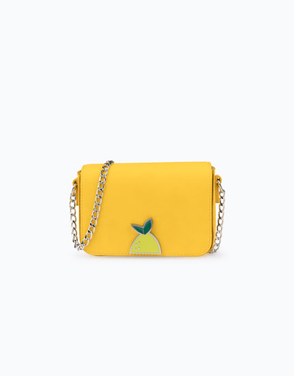HANDBAG WITH FRUIT CLASP