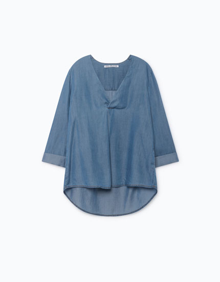 LIGHTWEIGHT DENIM V-NECK BLOUSE
