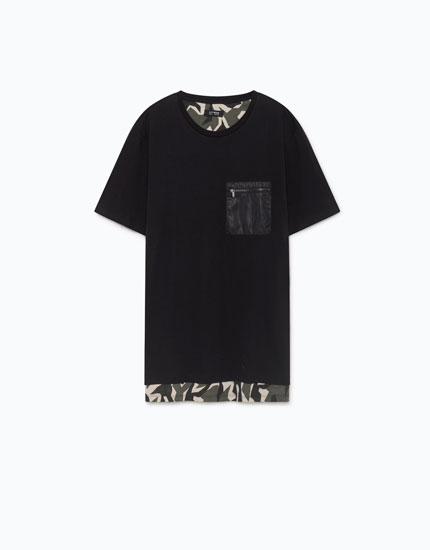 T-SHIRT WITH DUAL MATERIAL POCKET