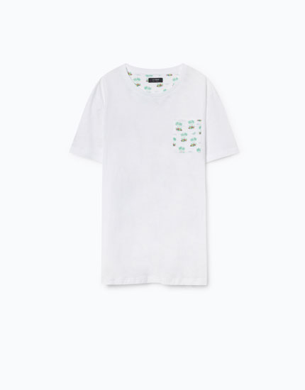 T-SHIRT WITH PRINTED POCKET