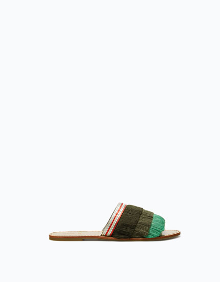 SANDALS WITH FRINGING