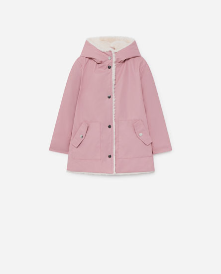 Raincoat with faux fur lining