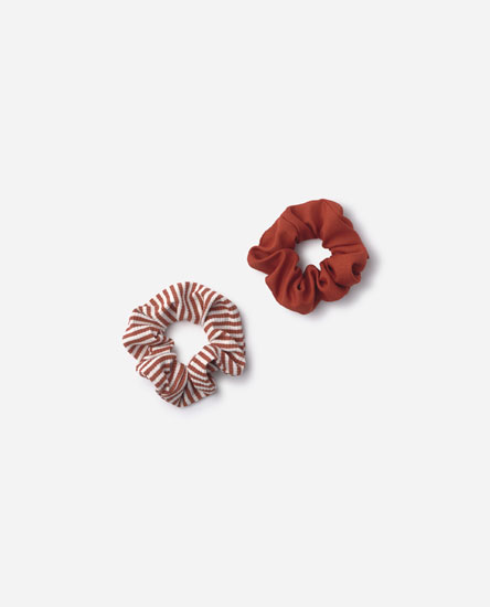 Pack of striped scrunchies