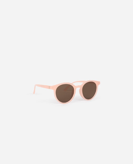 Colourful round sunglasses