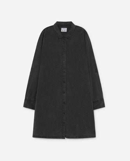 Flowing shirt dress