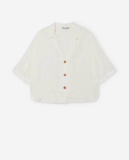 Camisa corta con solapas