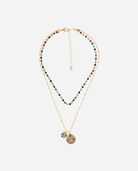 Multilayer plates and coloured rhinestone chain