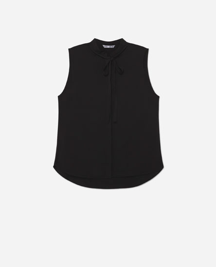 Vest top with bow