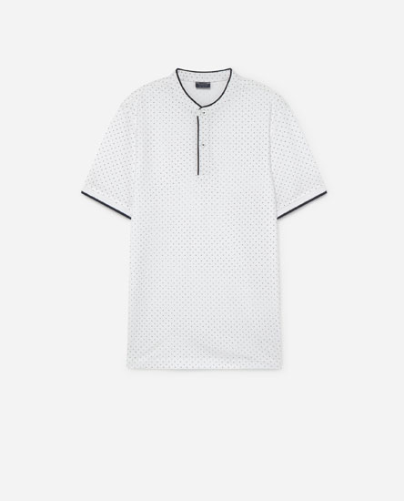 Polo Shirt with a Stand-up Collar