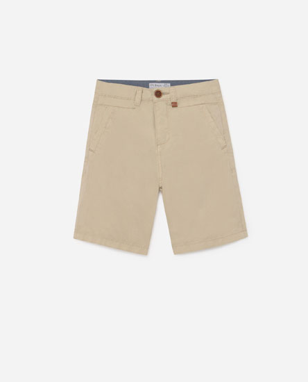Coloured Bermuda shorts