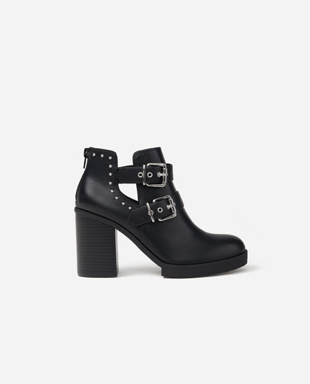 Cut-out ankle boots