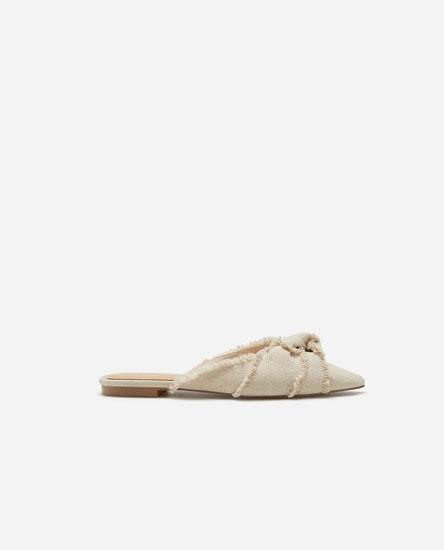 Frayed flat shoes