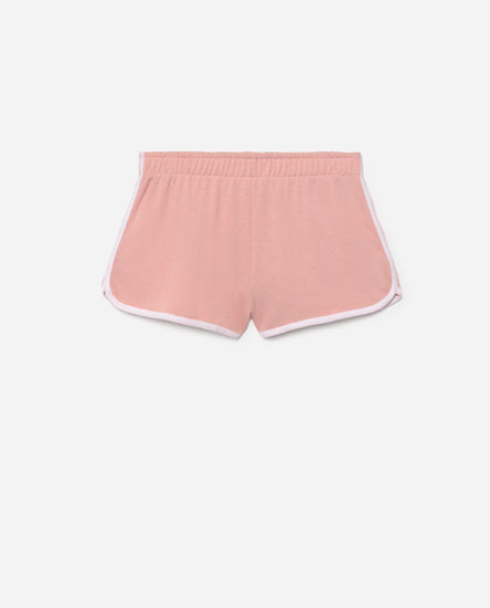 Shorts with contrast trim