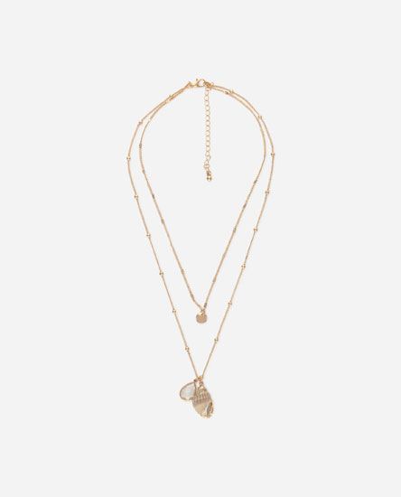 Multi-strand conch shell necklace
