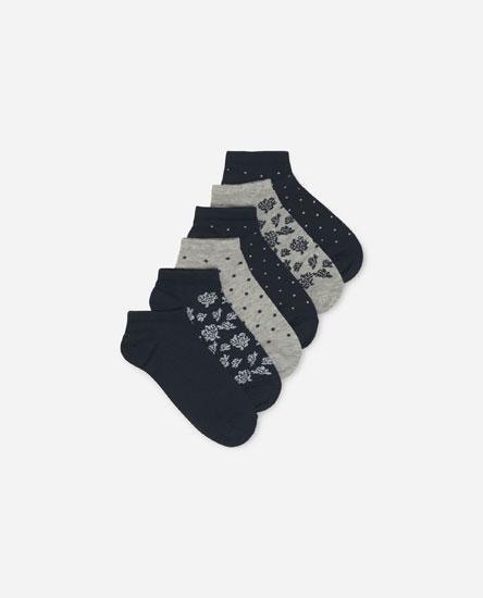 Pack of rose print socks
