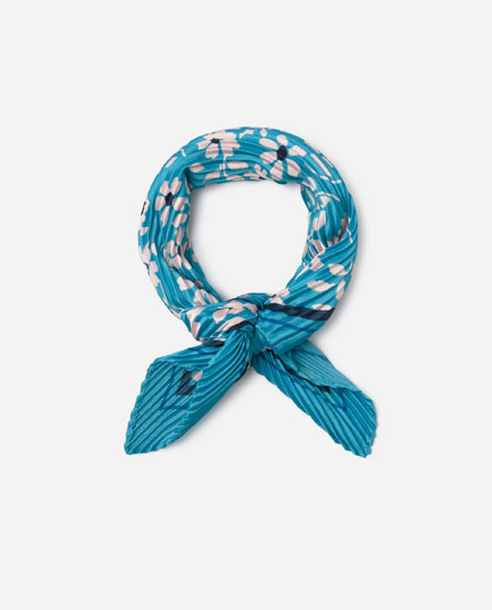 Pleated floral neckerchief