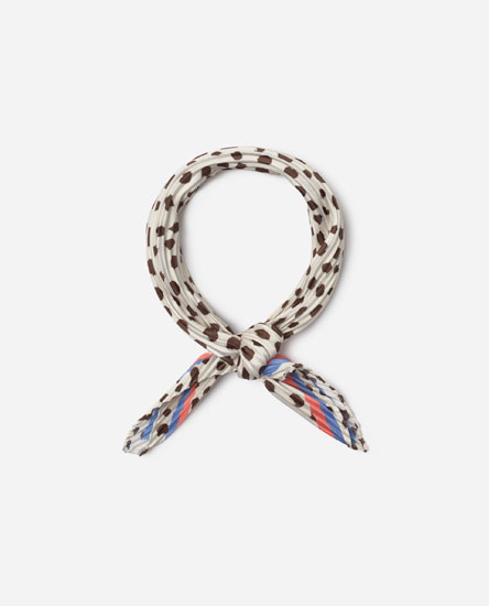 Pleated polka dot neckerchief