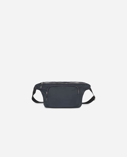 Belt bag with pockets