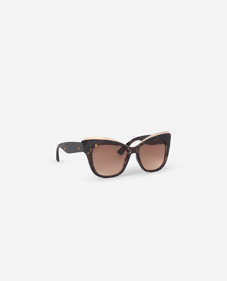 Óculos pormenor metálico