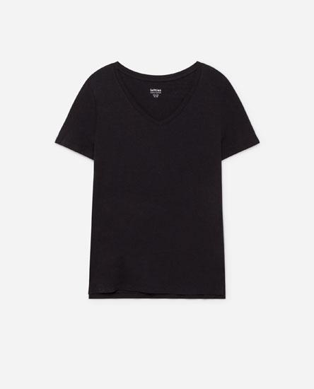 Camiseta colo pico