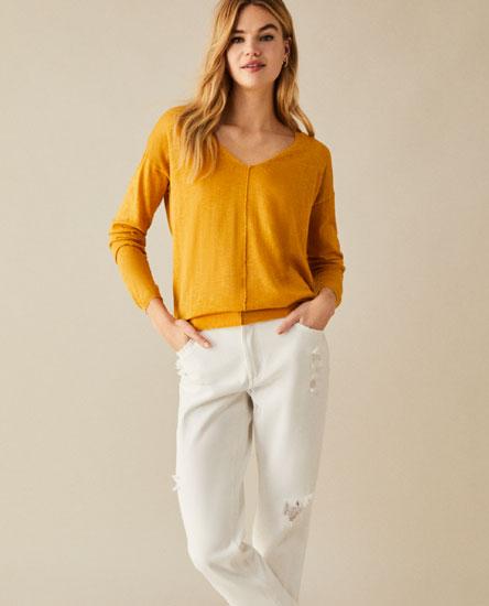 Sweater com decote em bico