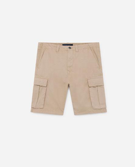 Bermuda cargo shorts