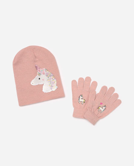 Pack of unicorn hat and gloves