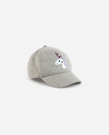 Stars and unicorn cap