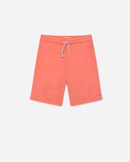 Bermuda shorts with coloured drawstrings