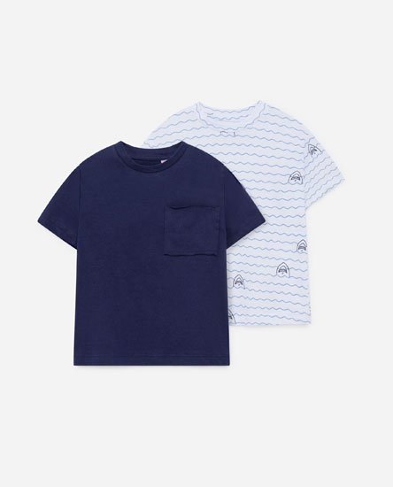 Pack of t-shirts