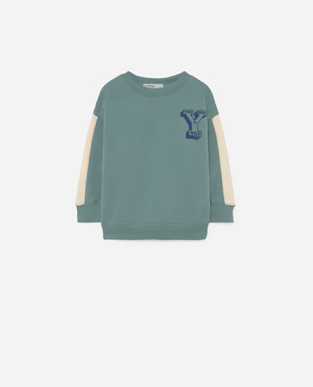 Letter sweatshirt with sleeve detail