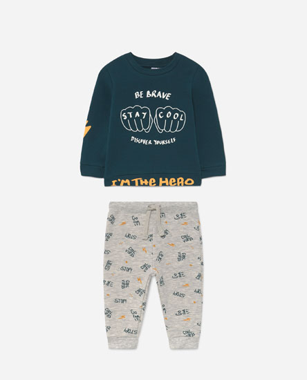 Sweatshirt and trousers set