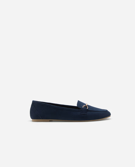 Basic loafers