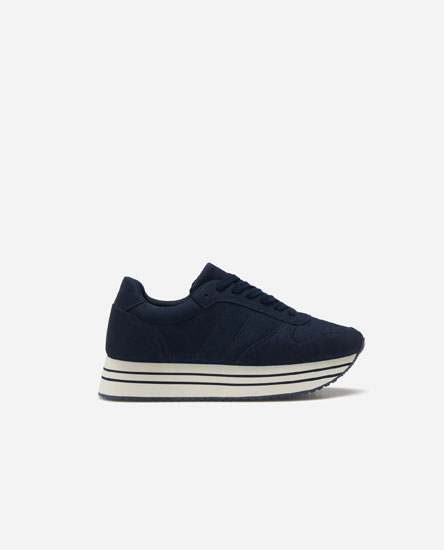 Monochrome street sneakers