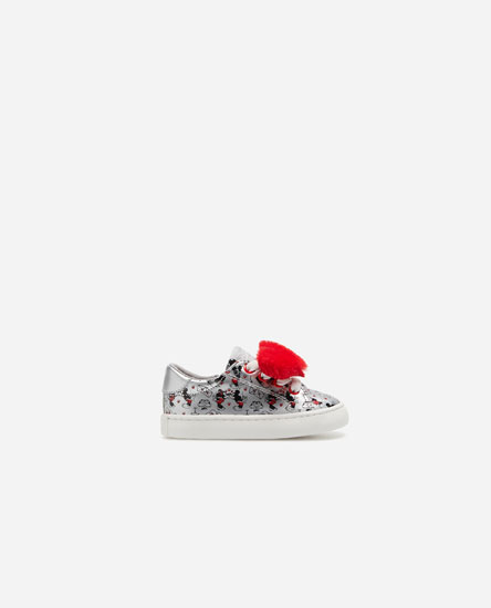 Minnie plimsolls with hearts
