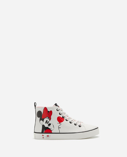Minnie Basketball Shoes © Disney