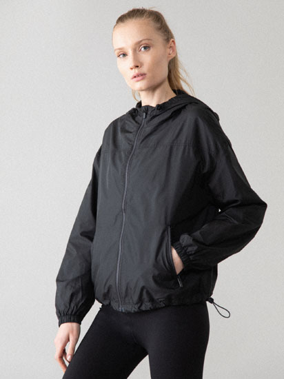 Sports windbreaker jacket