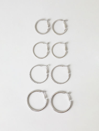 4- Pack of metallic hoop earrings
