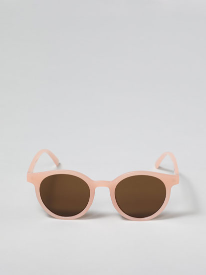 Colourful round sunglasses