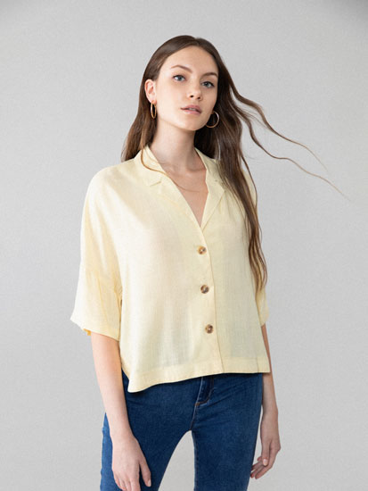 Cropped lapel collar shirt